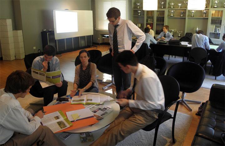 Programa Excellence: Competencias universitarias y profesionales