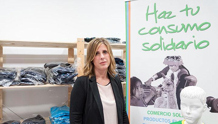 Un espacio solidario para la venta de uniformes