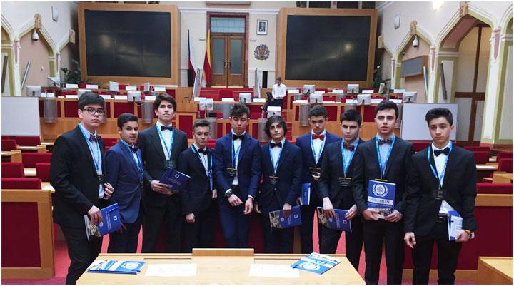 Alumnos de Munabe en MUN Praga