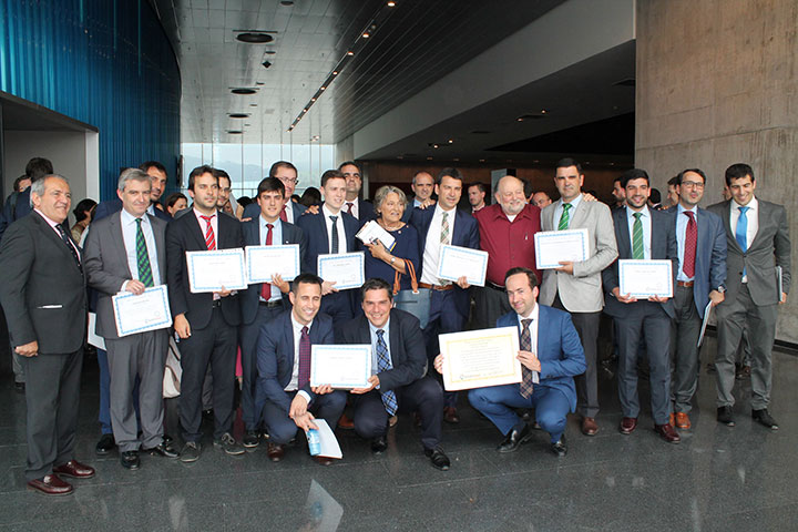 Munabe y Umedi reciben la distinción TBL Model School