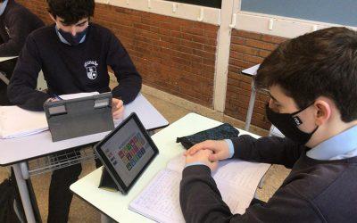 """Alumnos de 1º de Bachillerato participan en """"Emprende Challenge"""""""